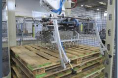 Prise palettes par pince robot